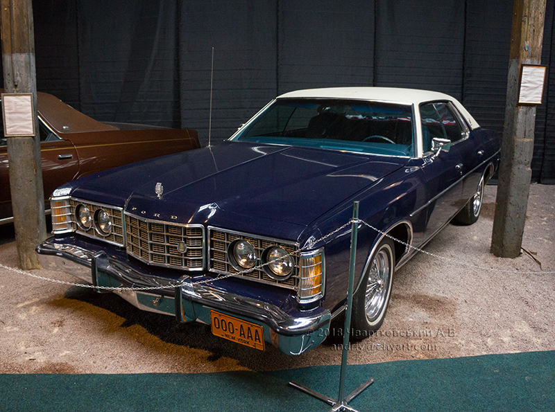 Ford LTD Brougham