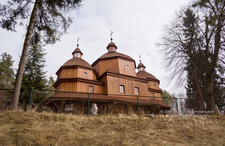 Дерев'яний храм