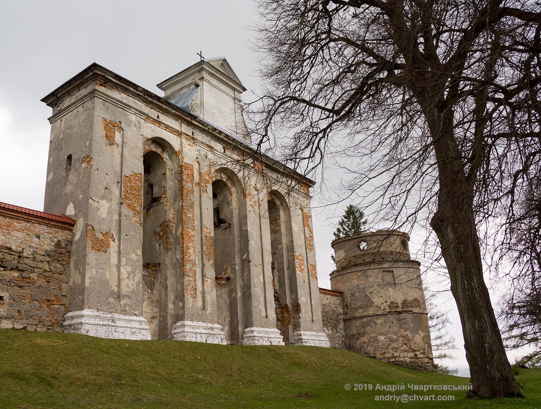 Монастирська дзвіниця