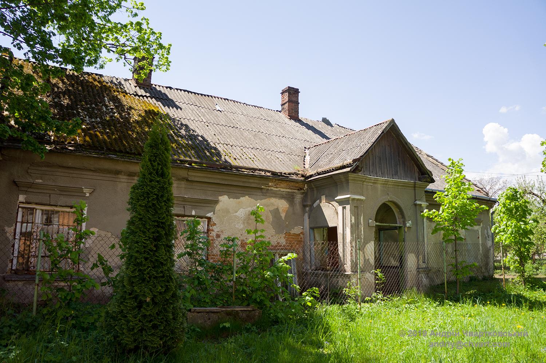 Парафіяльний будинок при храмі
