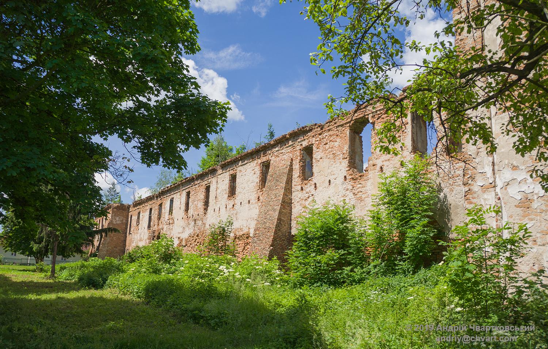 Руїни монастиря сс. Домініканок