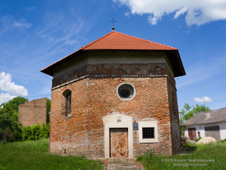 Вежа-каплиця Снопковських