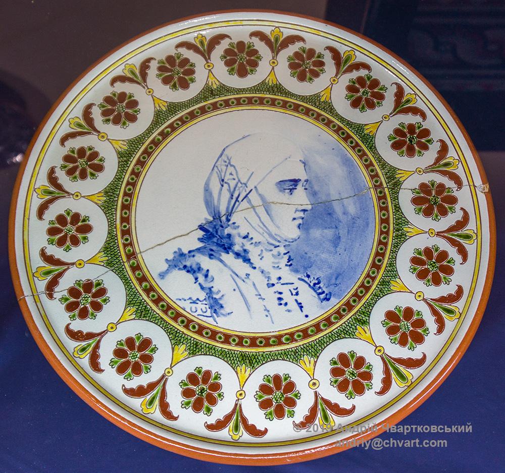 Декоративні тарелі