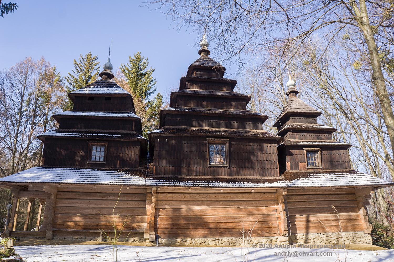 Церква Св. Михайла (1863 р.) з села Тисовець